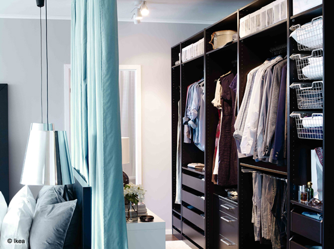 dressing chambre rideau. Black Bedroom Furniture Sets. Home Design Ideas