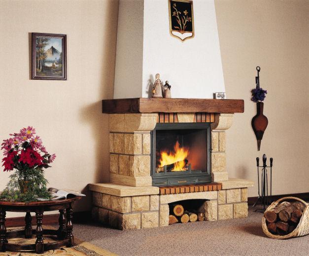 cheminée rustique dans un salon