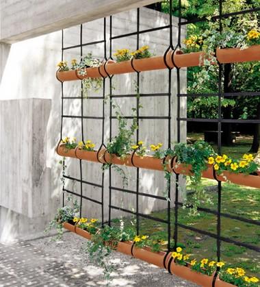 Bien choisir ses jardini res et ses pots de fleurs pour for Decoration murale suspendue